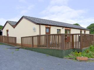 MEADOW VIEW, pet friendly, country holiday cottage, with a garden in Laugharne