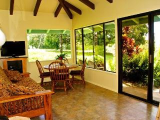 Maui Dream Cottage, Enjoy Maui for $140 Per Night, Haiku