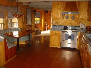 Big Bear: Moonridge Home Close to Mountain & Lake