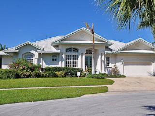 Sea Court - SEA798 - Waterfront and Spacious Home!, Marco Island