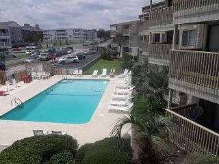Fantastic View 2 Bedroom with Pool on Shore Drive, Myrtle Beach