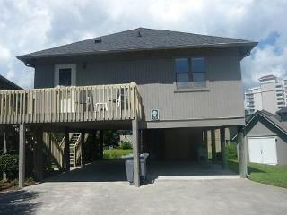 Affordable, Cozy, Clean Guest Cottage Rental in Myrtle Beach
