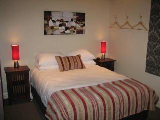 Queen bedroom - 7 Tonks