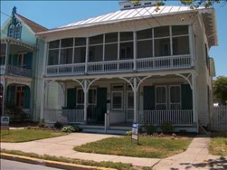 BEACH BLOCK, SLEEPS 14 52184