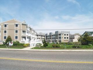 Super 2 Bedroom-2 Bathroom Condo in Cape May (5628)