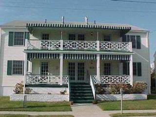 Fabulous House with 2 BR/1 BA in Cape May (Suites of Jefferson 53377)