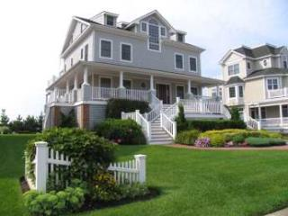 Nice House with 4 BR-4 BA in Cape May (Stroll By the Sea Cottage 6018)