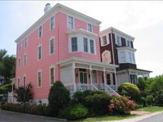 5 BR/5 BA House in Cape May (The Pink Cottage 42945)