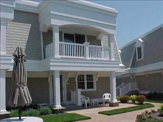 Comfortable 2 Bedroom-2 Bathroom Condo in Cape May (72321)