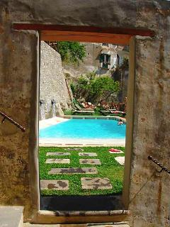 Amalfi Pool