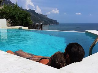 Limone - Sea View - pool - terrace with BBQ, Ravello