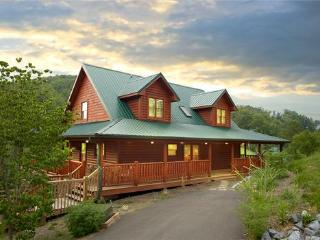Fantastic  Family Cabin 1 mile to Dollywood (WiFi), Sevierville