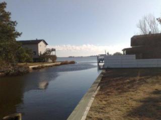 Water Property - Sleeps 12, 2 Bath, Fab Kitchen, Chincoteague Island