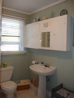 Unit 2 Sea Glass Green full bath