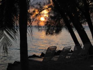 Barefoot Lagoon Island House, Gran Caimán