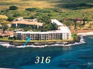 Gorgeous OceanFront Honeymoon Suite @ Kuhio Shores, Poipu