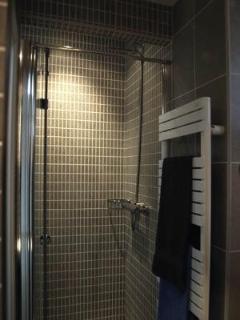Shower + towel heater