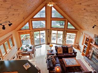 The Island View II Private Vacation Rental Home, Eagle River
