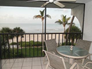 Enjoy a beachfront breakfast, lunch or dinner