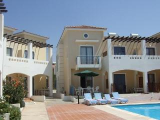 Holiday Villa with Pool to Rent Zeus Gardens in Paphos Cyprus