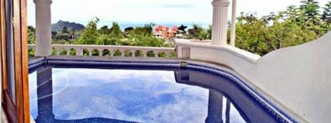 Take a refreshing dip in the plunge pool and enjoy the spectacular ocean view