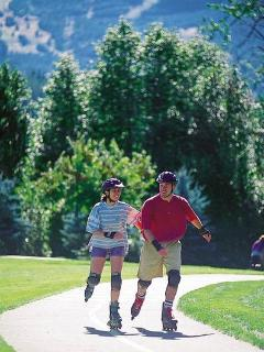 Many kilometres of paved paths invite walking and roller blading.
