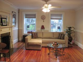 Lefferts Garden Suite, Brooklyn
