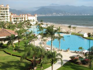 Oceanfront one bedroom Condo Marina Vallarta