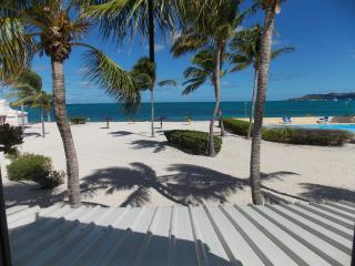 2 bedroom on French Beach in Gated Community, Baie Nettle