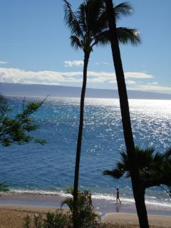 401  Sunshine Glistening on water view from our lanai