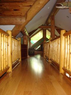 BRIDGE FROM BEDROOMS TO BATHROOM