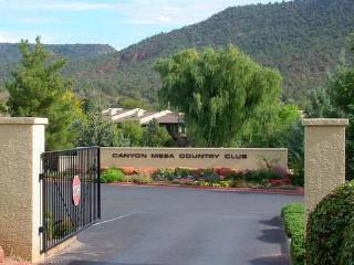 Hiking ~ Golf~Pool/Spa (seasonal) ~Gated Community, Sedona