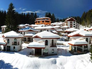 Ski Chalets at Pamporovo Mountain Village, Pamporowo