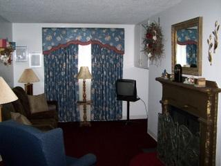 #309 - Oak Square -1Bedroom Condo with Jacuzzi