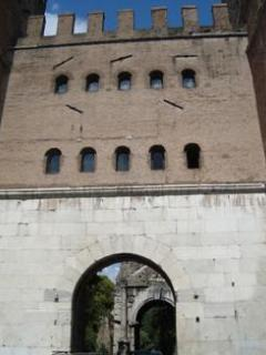 Porta S.Sebastiano on via Appia
