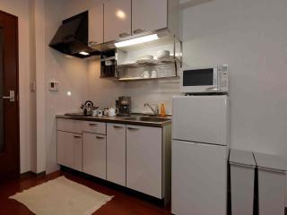 interior 107 kitchen 02