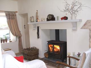 Traditional 5 Star Connemara Self Catering Cottage.