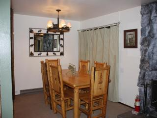 Kitchen Table Fits up to 6 Guests