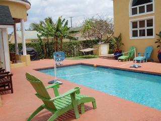 Brownstone's Sunrise Suite, Nassau