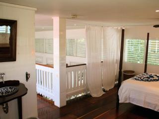 The Antigua suite - steps from the beach