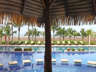 Tropical 3 bedroom condominium at Bahia Encantada, Jaco