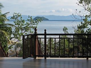 8x6 m veranda provides perfect day view to the sea and perfect night view to the starry tropical sky