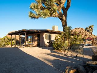 Rock Haven Cabin ~ quiet, beautiful, private, Joshua Tree