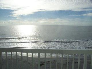 FOLLY OCEANFRONT 3 BEDROOM, 3 BATH PENTHOUSE CONDO
