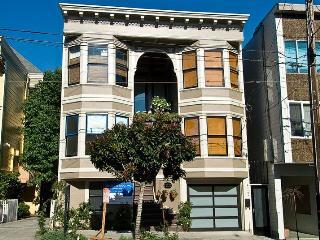 Two Bedroom Top Floor Flat, San Francisco