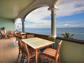 Lahaina Shores Penthouse #5 Ocean Front