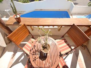 CASA DEL SOL B2 sunny, bright condo with pool view, Playa del Carmen