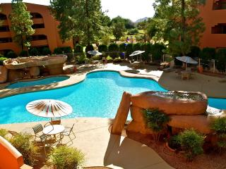 Anasazi Village Condo on Golf Course
