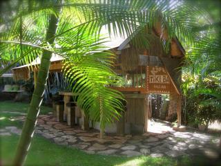 North Shore Oahu Tropical Luxury Private BeachHome - Sleeps 6