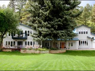 Tall Spruce 7 BR home-Walk to Hot Springs w/Pool!, Durango